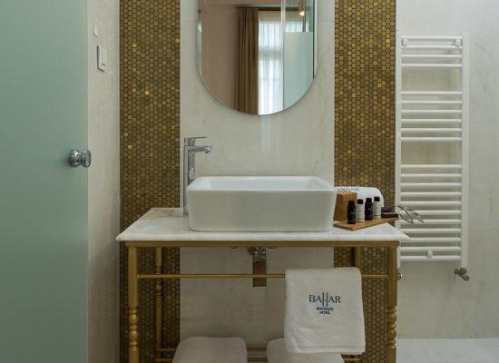 Bahar-executive-bathroom